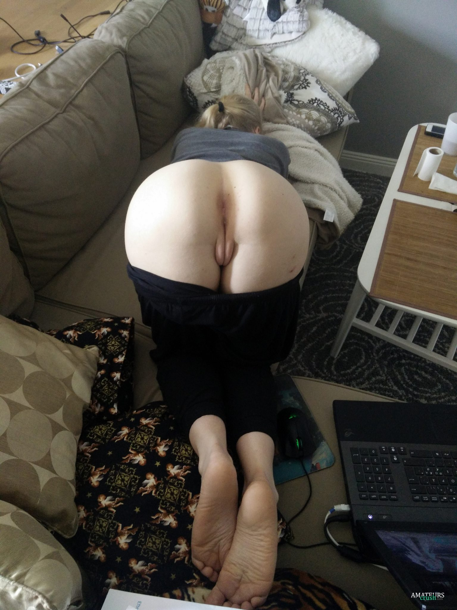 Teen pussy bent over pants down