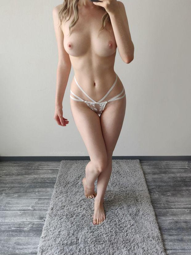 sexy asian nude pic