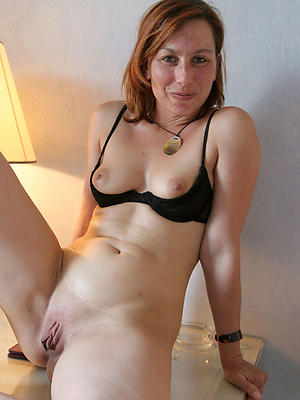 Mature nude small tit
